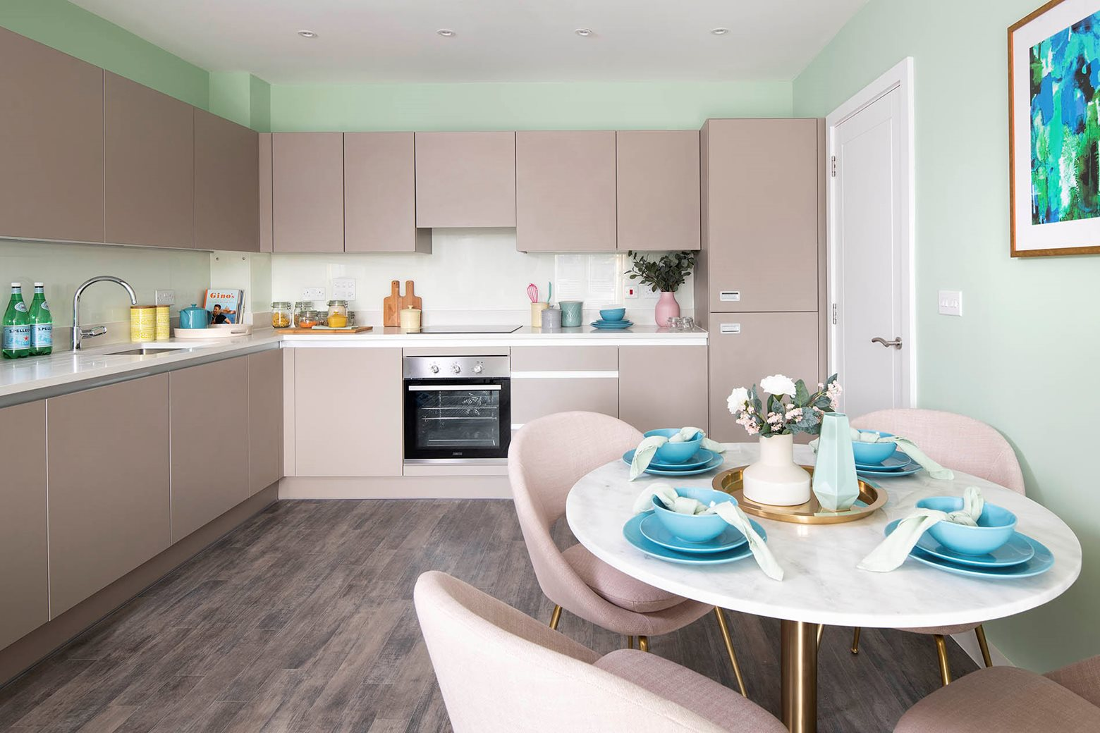 Valley House | 2 bed - Kitchen & Dining area